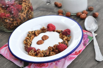 low-carb-granola_1_web
