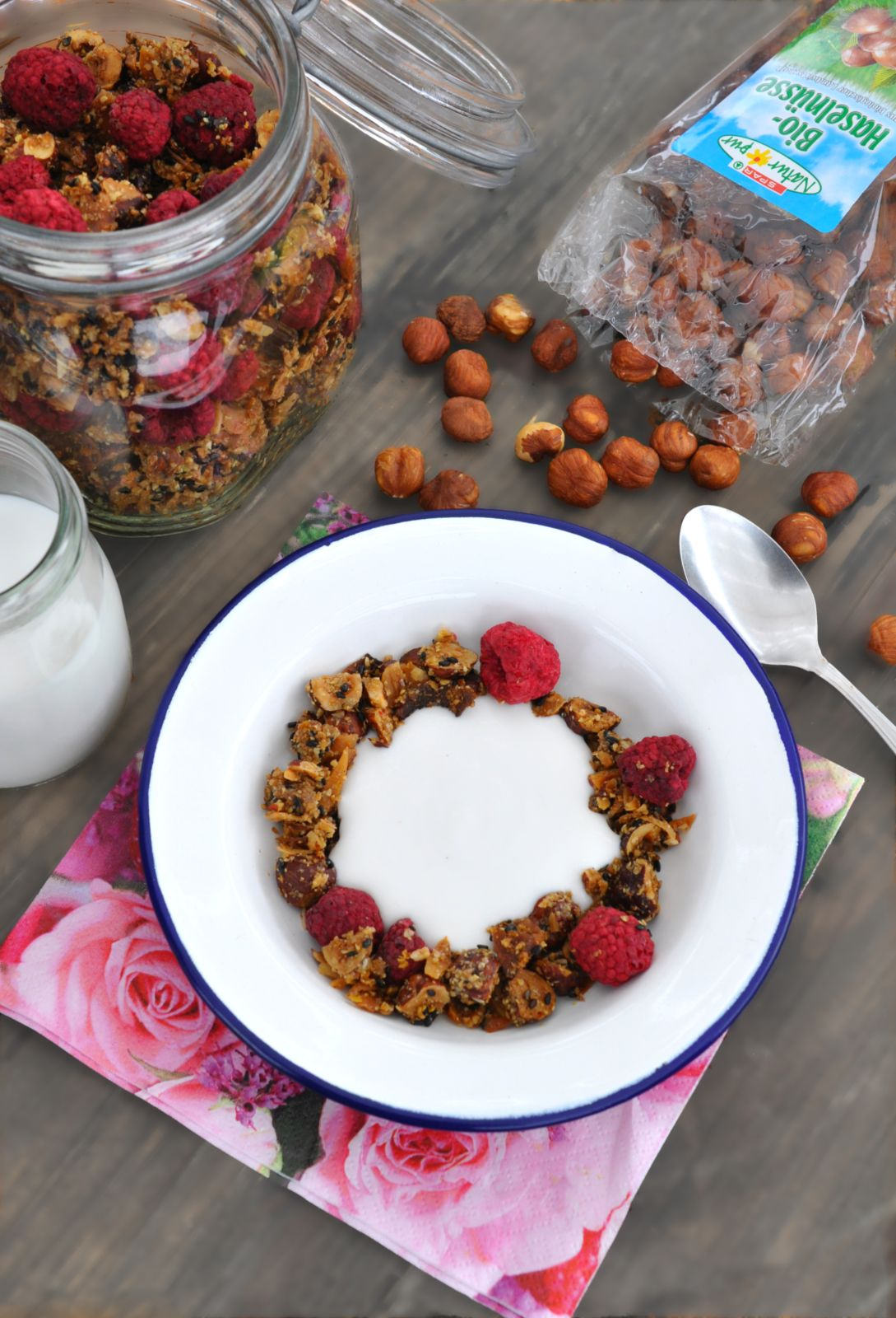low-carb-granola_2_web
